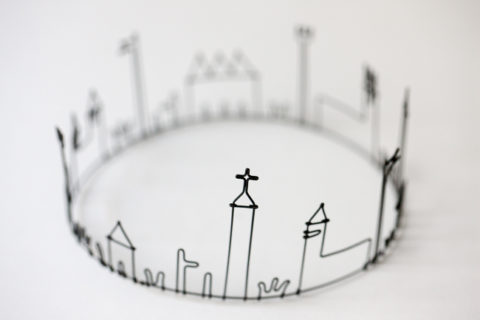 The adorable wire works by Seki Masao