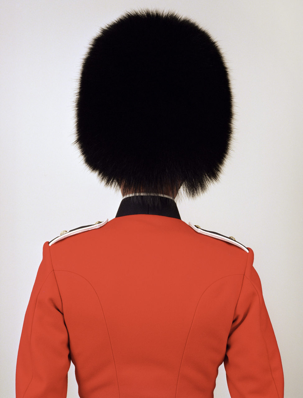 Scot guard, UK, from the EMPIRE series, 2004-2007 – Photo by Charles Fréger